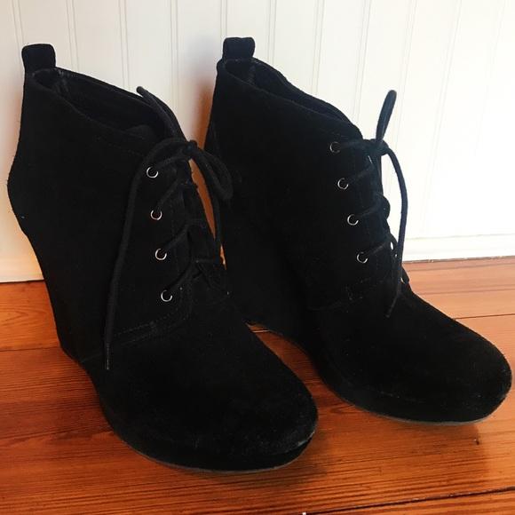 jessica simpson black wedge boots